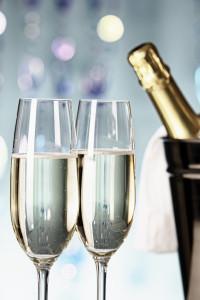 ChampagneGlassesBottle-163894497_2